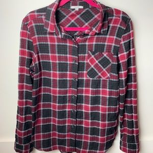 Acemi Black and Burgundy flannel button down shirt